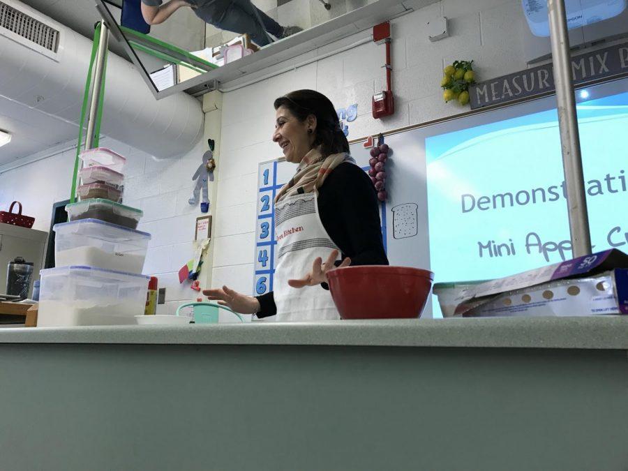 Mrs+Bazzi+teaching+her+3rd+hour+7th+grade+LME+class+.