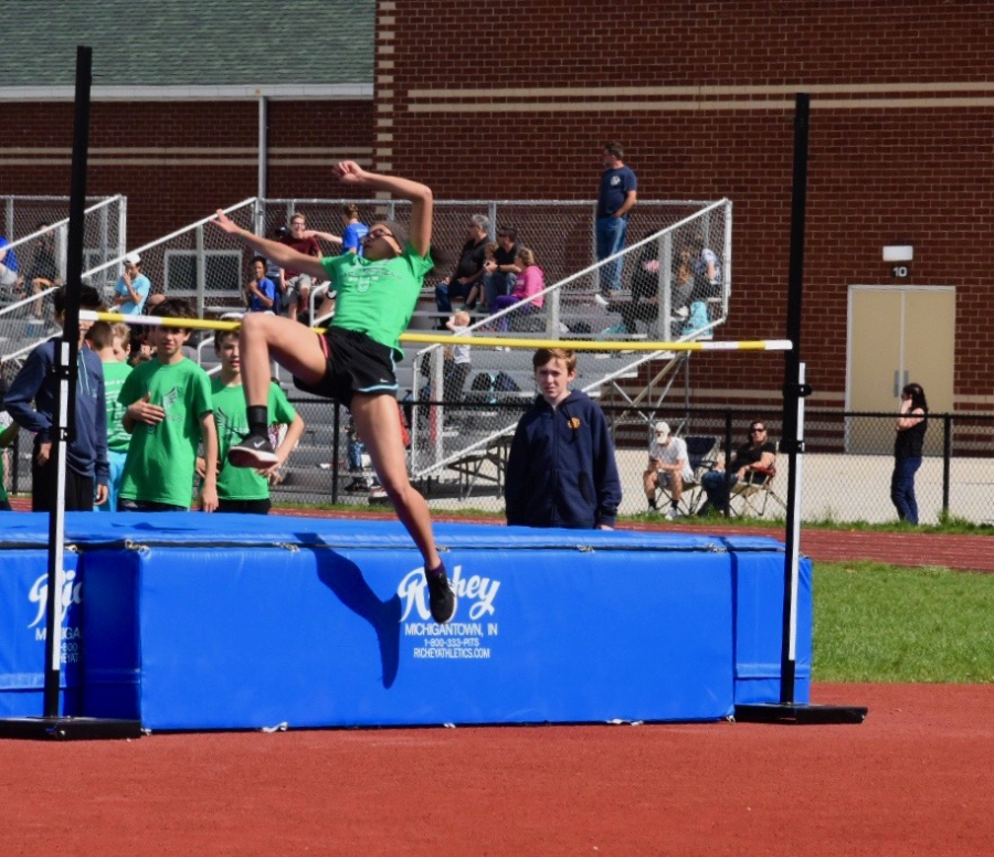 West Middle School 2018 High Jump The Bite