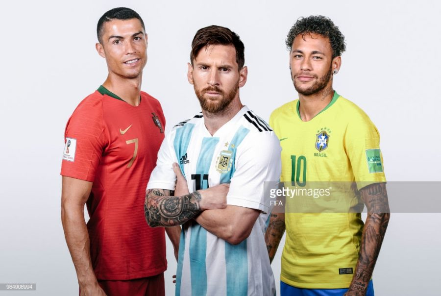 RUSSIA+-+JUNE%3A+++%28Images+used+in+this+composite+971463032%2C972635442%2C973385414%29+++In+this+composite+image%2CLionel+Messi+of+Argentina%2CCristiano+Ronaldo+of+Portugal%2CNeymar+of+Brazil+pose+for+a+portrait+during+the+official+FIFA+World+Cup+2018+portrait+session+during+June+2018+in+Russia.++%28Photo+by+Lars+Baron+-+FIFA%2FFIFA+via+Getty+Images%29
