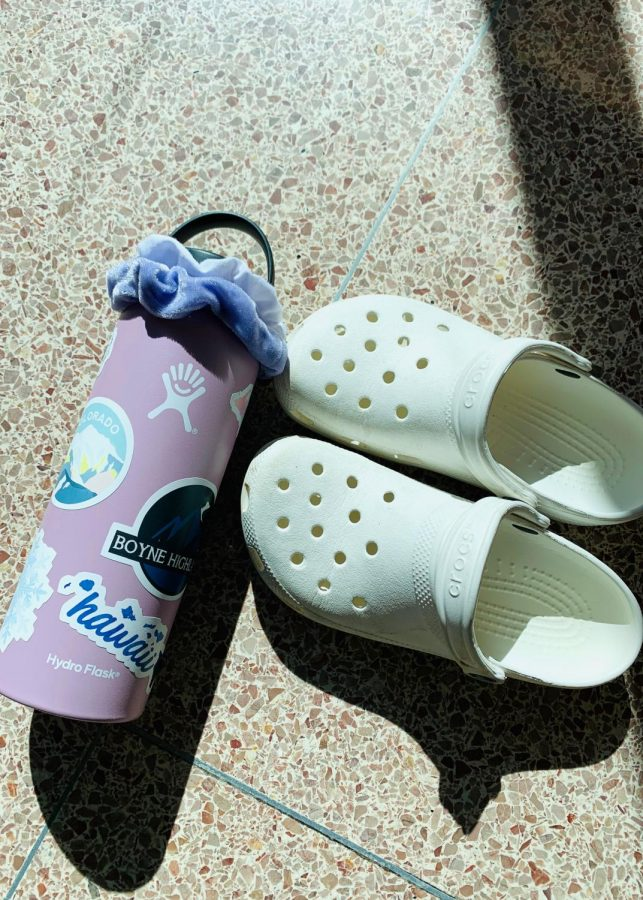 Every VSCO girl has a Hydroflask and Crocs.