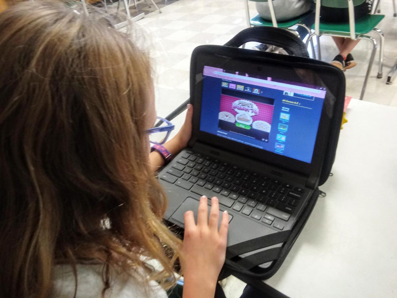 Marie Grahor modeling Chromebook gaming