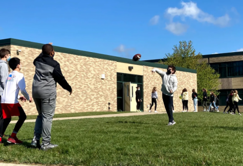 7th graders play outside during a 4th hour class break.